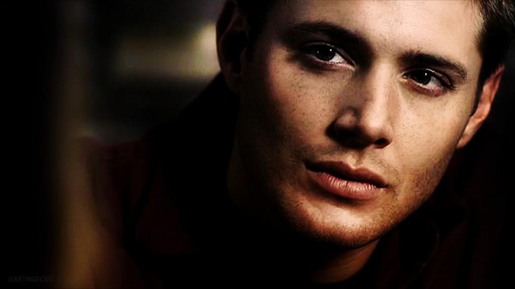 Photo de Dean Winchester incarné par Jensen Ackles