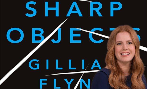 Amy adams dans l'adaptation du roman Sharp Objects