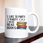 mug read books