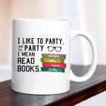 mug read books