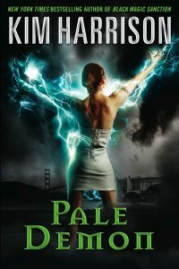 Couverture de Pale Demon de Kim Harrison